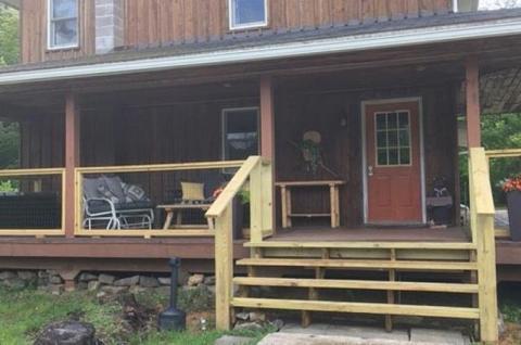 Big Dipper Lodge front entrance